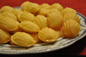 a tray of madeleine cookies